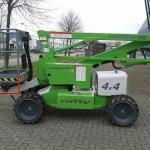 Hoogwerker 4 x 4, diesel aangedreven